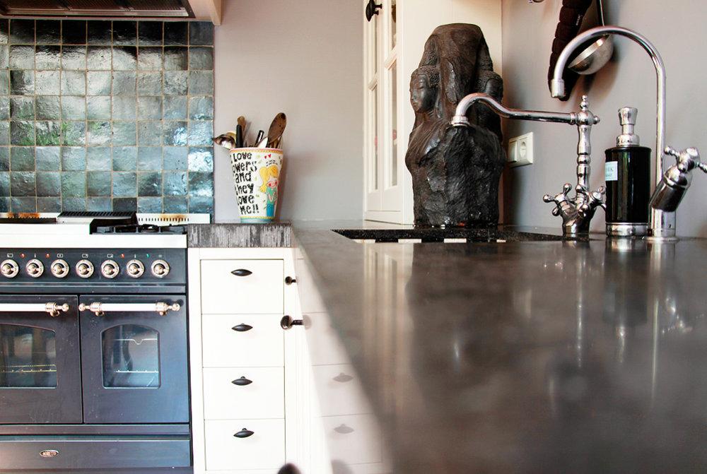 Keuken Landelijk Creme : Keuken landelijk crème met graniet blad gefrijnde kant wood creations