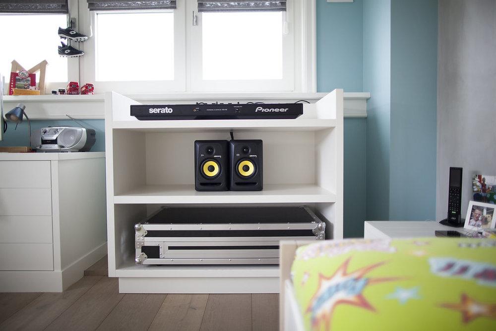 Jongens slaapkamer met DJ booth - Wood Creations