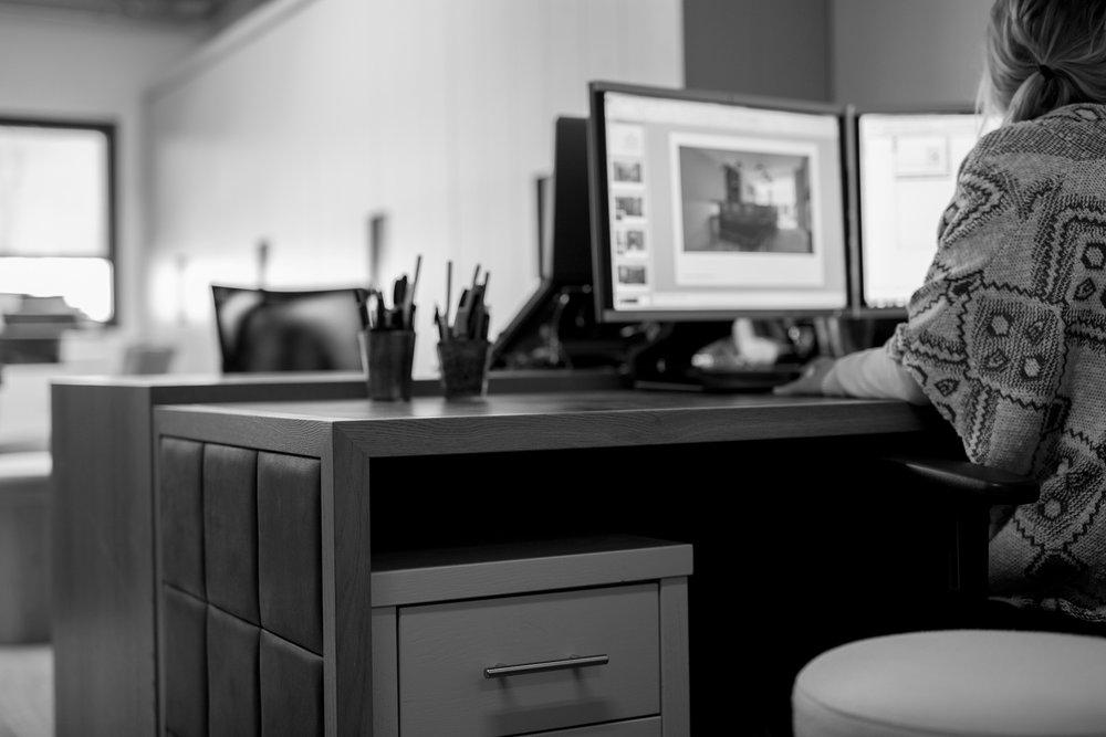 Albert geertjes bureau in cortenstaal en leer met bijpassende