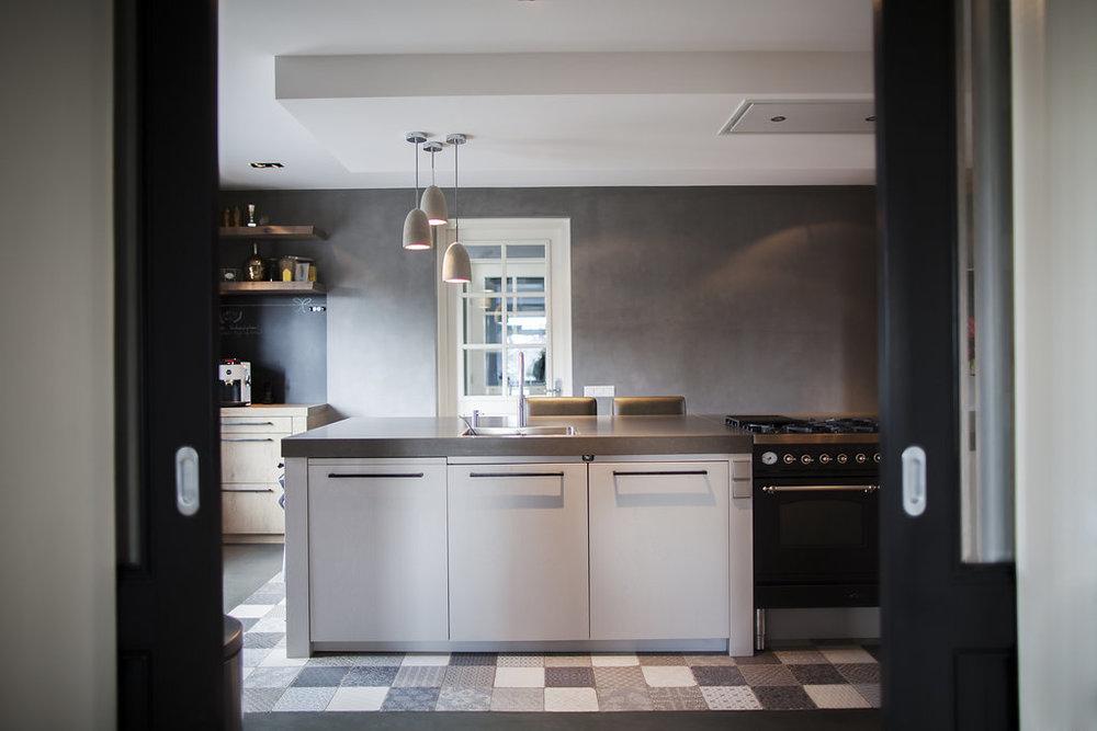 Stoere Keuken Wood : Industriële keukens grootste showrooms van nl keukenwarenhuis